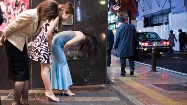 ▲▼東京媽媽桑。(圖/魚漿先生提供,請勿隨意翻拍,以免侵權。)
