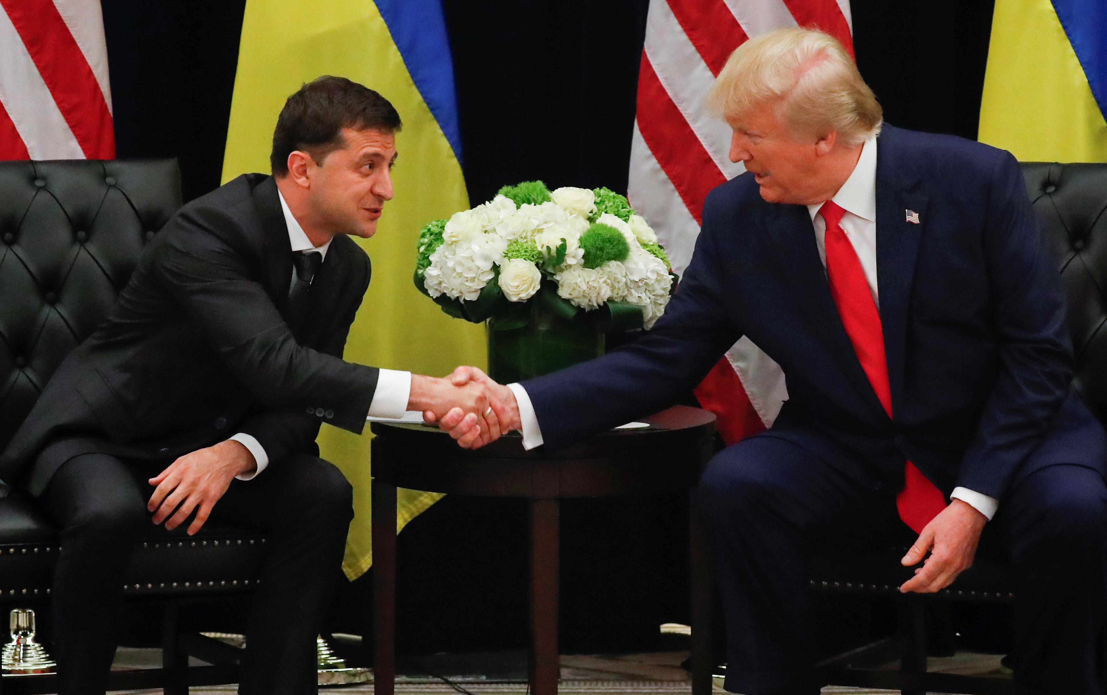▲▼川普與烏克蘭總統澤倫斯基(Volodymyr Zelenskiy)在聯合國大會上進行場邊會談。(圖/路透)