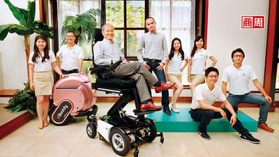 嘉義輪椅王「反著做」 前進印度
