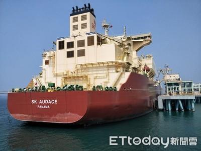 美國液化天然氣船來台了!中油:有利平衡台美貿易
