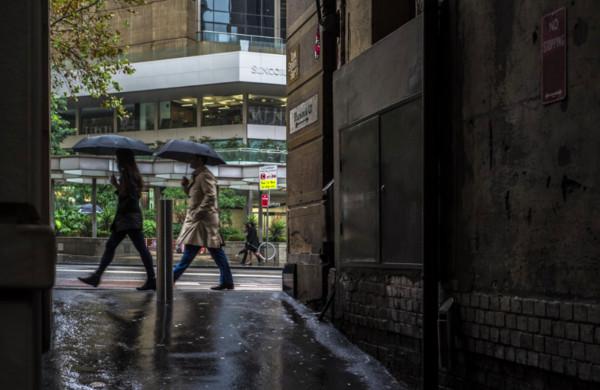 下雨天心情更平靜、想蒐集雨後的味道...7大跡象證明你是「雨癮者」!     鍵盤大檸檬  ETtoday新聞雲