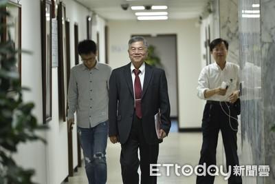 新版酷碰券小孩也能領 經濟部準備多款名字「等院長蘇貞昌拍板」