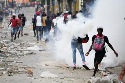 海地瀕臨崩潰 紐時:有人在乎嗎