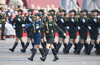 十一閱兵首次出現「女將軍」!