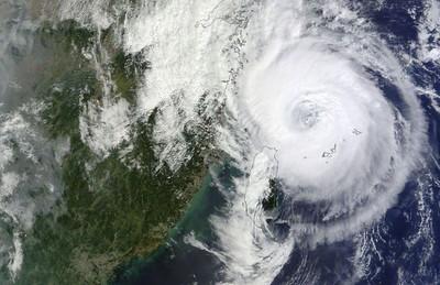 中颱米塔遠離台灣!上海開始降暴雨打雷
