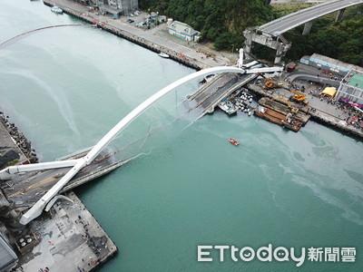 南方澳橋塌形同封港!500多艘漁船困港