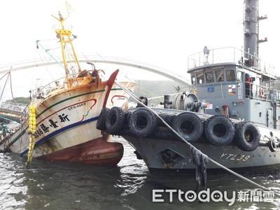 LIVE/斷橋搜救現場 6船員受困破碎船艙