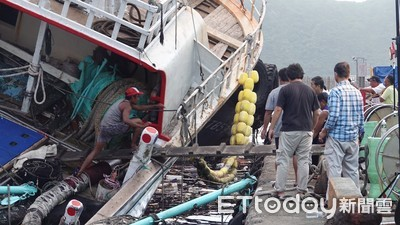 海巡揭暗黑史「外籍漁工不能上岸」