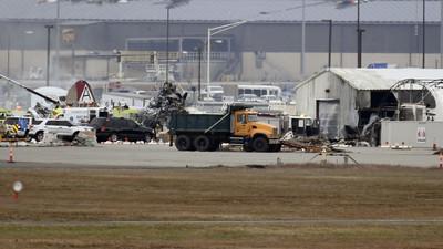 B17空中堡壘轟炸機 墜毀美機場