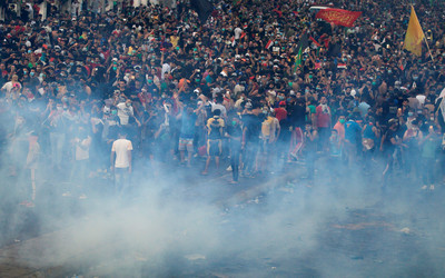 示威釀9死400多傷 巴格達實施宵禁