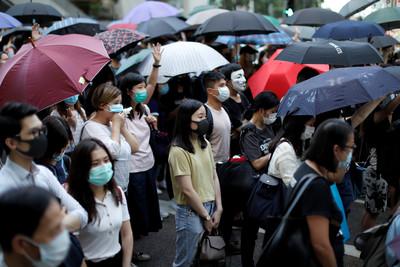 李家超:《禁蒙面法》只針對示威者