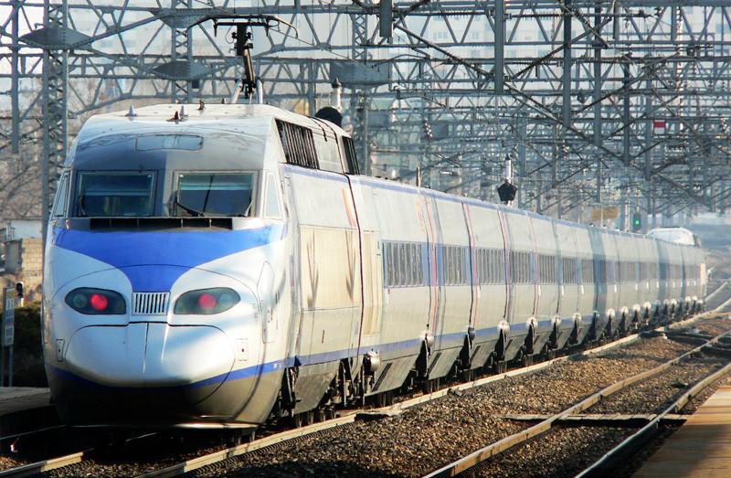 ▲▼南韓高速鐵路KTX(圖/翻攝自維基百科)