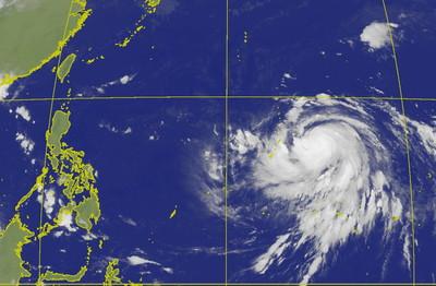 哈吉貝最快周二轉強颱大迴轉 連假天氣出爐