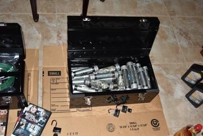 在家製造炸彈遭父母舉報 房間宛如火藥庫