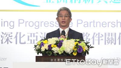外交部次長徐斯儉飛吐瓦魯見新總理 諾魯總統擬12月來台訪問