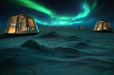 到北極冰屋酒店看極光