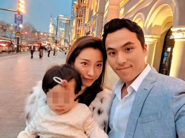 何猷啟自曝去年已與中國大陸女友Gigi在海外結婚,連女兒都生了,才27歲的他看來趕著替何家開枝散葉。(翻攝自何猷啟IG)