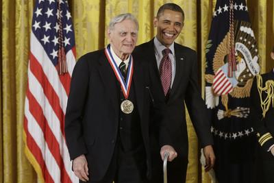 諾貝爾化學獎預測 97歲鋰電池之父有望獲獎