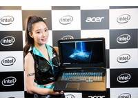 NOVA情報誌/創新滑動式鍵盤設計 Acer Predator Helios 700電競猛獸機