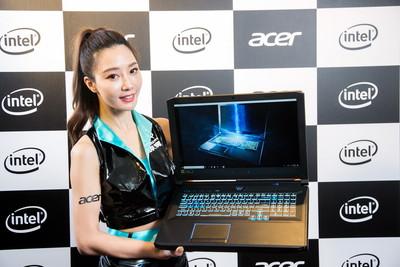 Acer Predator Helios 700電競猛獸機