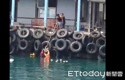 漁民人車落海 安檢人員奮不顧身接跳海救人