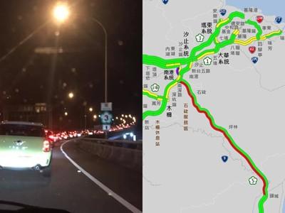 國五「路段紫爆」時速20km…明恐塞11小時