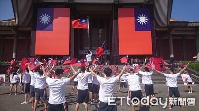 李佳芬代表韓國瑜出席國慶大會 將同台馬、吳
