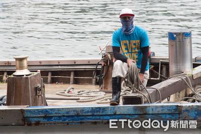 外籍漁工吃喝拉撒蝸居甲板下「喪失基本人權」