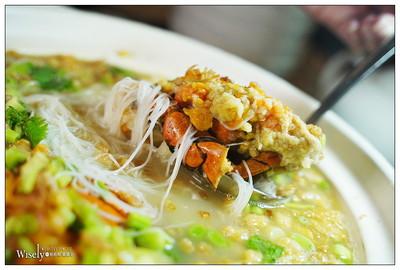 台北紅蟳米粉鍋、噴汁九層塔小籠包
