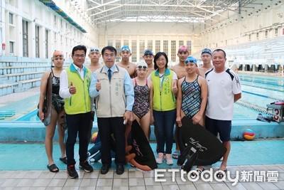 國慶訪視台南蹼泳及水球選手加油打氣