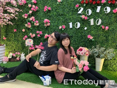 雙十國慶 新北85對新人登記結婚