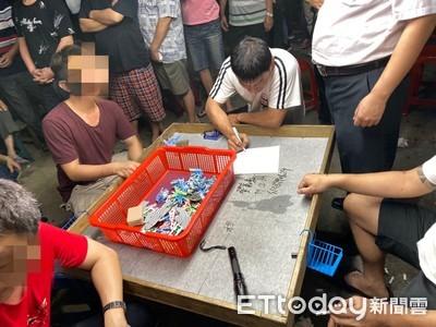 職業賭場藏身山區警逮60人送辦