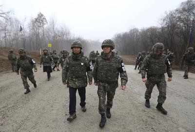 南韓陸軍兩年內裁減10萬 發展戰鬥機器人