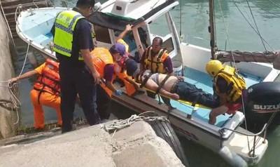 永安漁港民眾落海 海巡消防救援