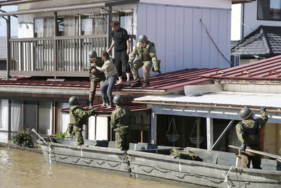 日140河氾濫 「堤防神話」醒了