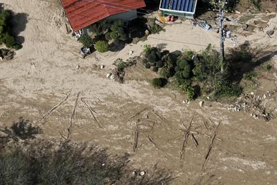 哈吉貝襲日雨不停 災民求食物