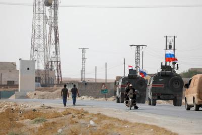 俄軍巡邏敘北邊境 誓言阻止土敘衝突