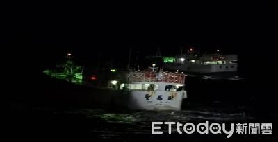 船長3000浬海上疑中風 巡護8號就近救援