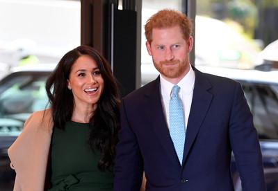 哈利王子:媒體不斷提醒我母親的死