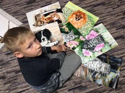 9歲童畫毛孩 所得捐收容所超暖