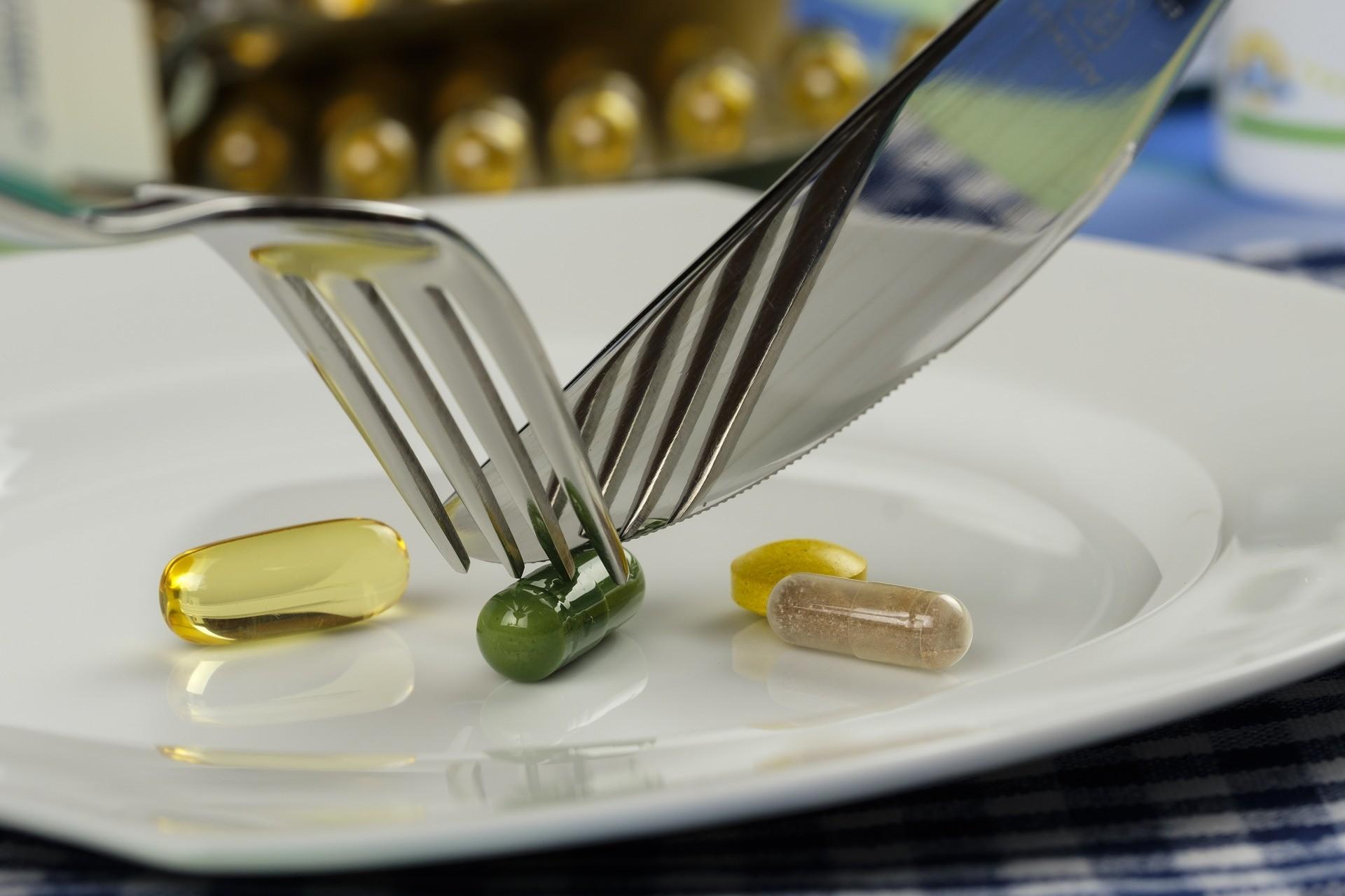 ▲吃藥,藥。(圖/取自免費圖庫Pixabay)