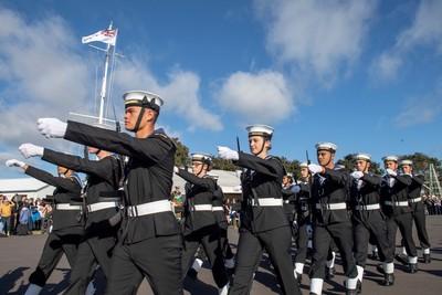男兵也能畫淡妝! 紐西蘭海軍新規曝光