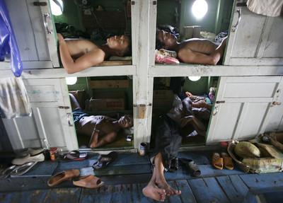 遠洋漁業「境外聘僱制度」成人口販運幫兇