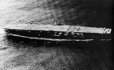 巧合!二戰母艦海底沈睡77年出土