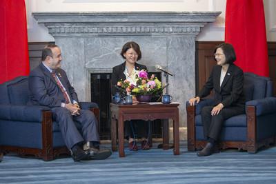 瓜國準總統邀蔡英文 明年選後3天參加就職典禮