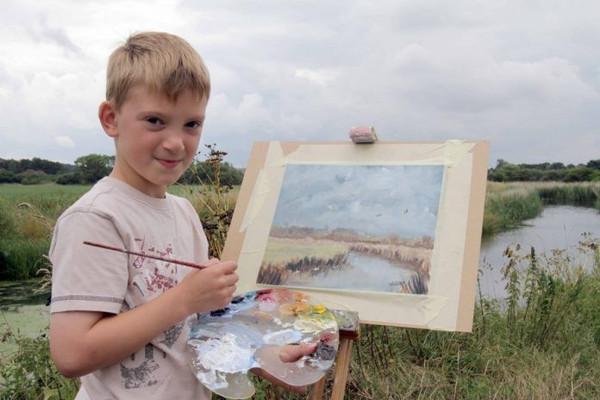 Kieron7歲時買一棟房,8歲的時候就賺了2.3億。(圖/翻攝自Daily Mail)