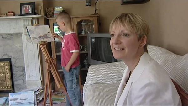 Kieron很感謝自己的爸媽當初願意支持自己喜歡的興趣,也給他專業的人訓練教導他,讓他可以學到一整套繪畫的技術。(圖/翻攝自Daily Mail)