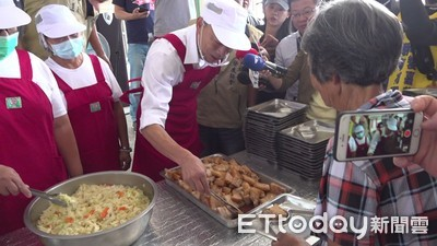 韓國瑜扮打菜郎 誤叫朴子市長為鄉長