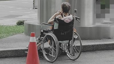 70歲嬤照顧90歲媽「長照等不到」 社工接電話心碎:母女一起走了