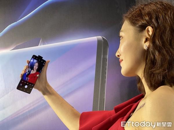 台首支5G手機報到 vivo NEX 3無界瀑布螢幕登台